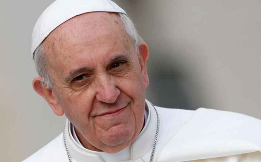 Папа Римский прибыл с историческим визитом в ОАЭ - ОБНОВЛЕНО