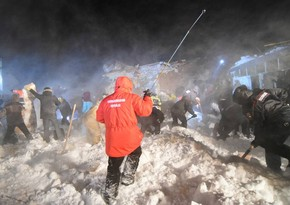 Avalanche kills a baby in Russia