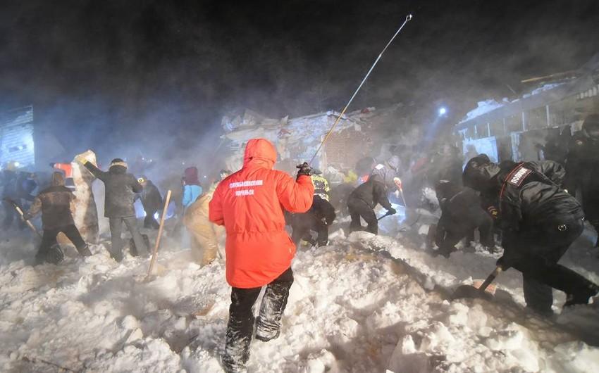Avalanche kills a baby in Russia