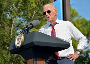 Biden commemorates US coronavirus victims