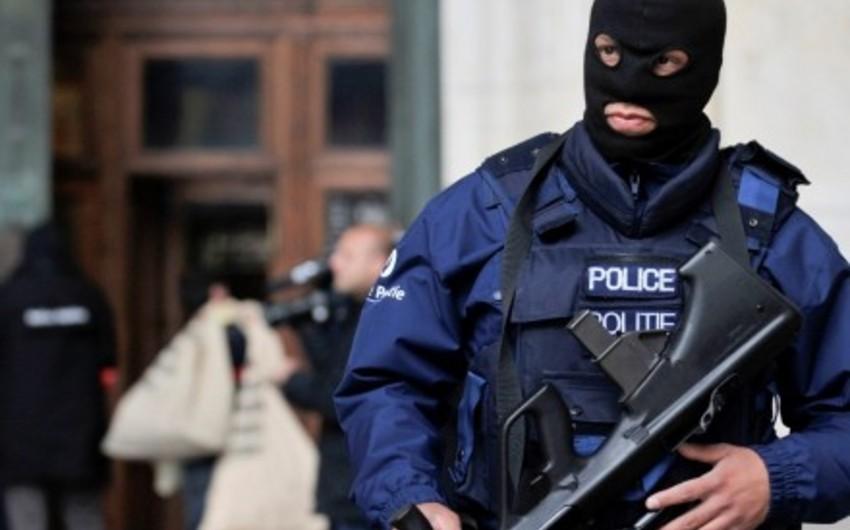 Belçikada Parisdəki terror aktında şübhəli bilinən iki nəfər tutulub