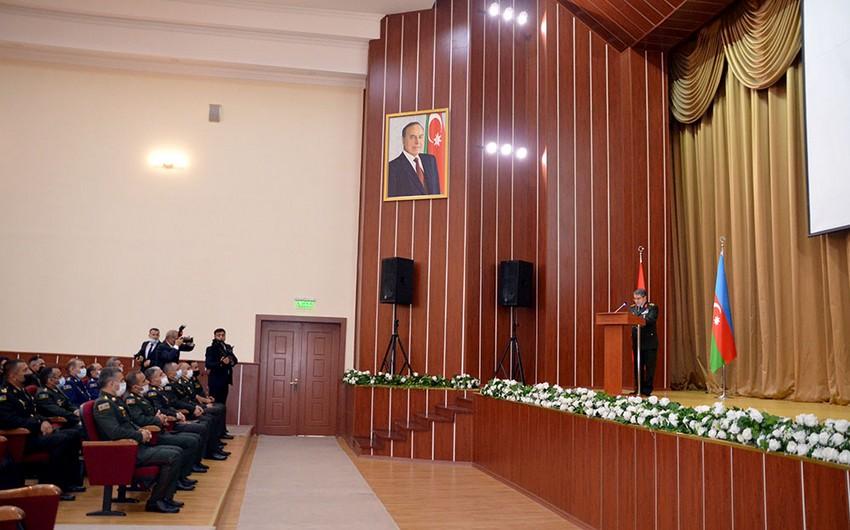 Azərbaycan-Türkiyə 13-cü Yüksək Səviyyəli Hərbi Dialoq İclası davam edir