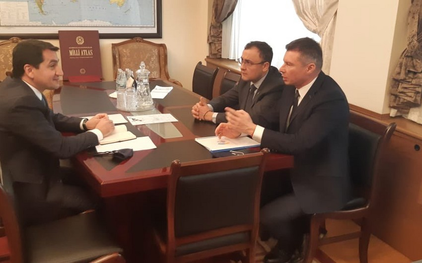 Hikmat Hajiyev meets with Deputy FM of Ukraine