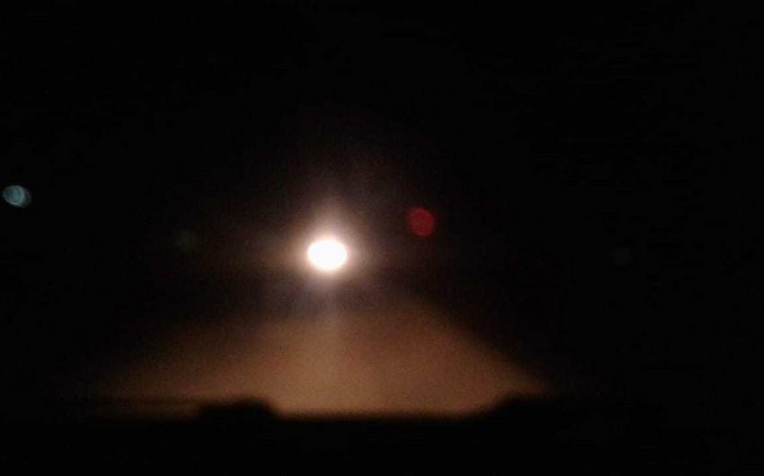 Güclü duman Biləsuvarda nəqliyyatın hərəkətini çətinləşdirib