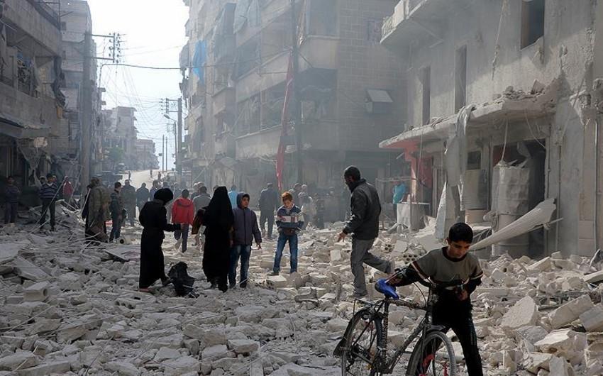 Hələb yenə bombalanıb, 42 dinc sakin ölüb, 83 nəfər yaralanıb