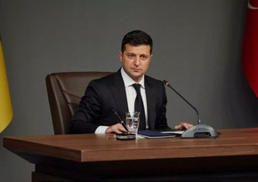 Ukrayna prezidenti koronavirusa qarşı vaksinasiya olunub