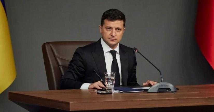 Ukrayna prezidenti Polşaya səfər edəcək
