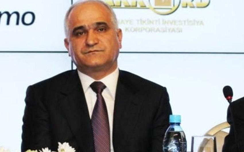 Azərbaycanın iqtisadiyyat və sənaye naziri İrana gedib