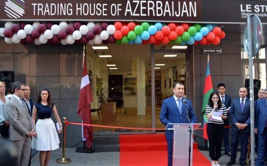 """Latviyada """"Azərbaycan Ticarət Evi"""" açılıb"""