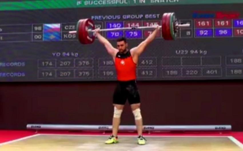Azərbaycanın daha bir ağırlıqqaldıranından dopinq tapılıb