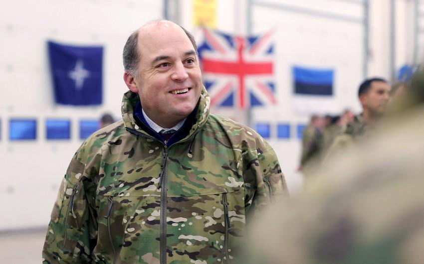 Глава минобороны Британии предложил афганцам уезжать из страны по земле
