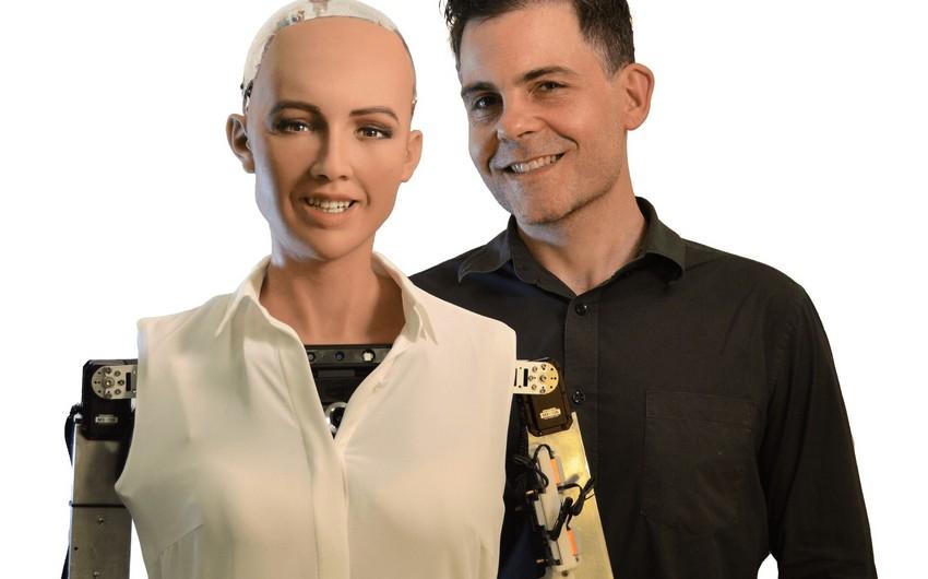 Dünyaca məşhur robot Sophia Bakıya gəlir