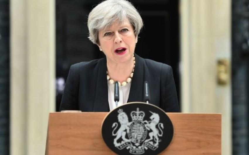 Рейтинг премьер-министра Великобритании достиг худшей отметки