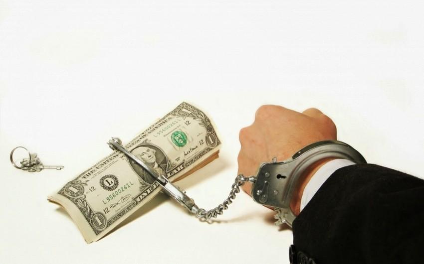 Ermənistanda böyük prokuror rüşvət almaqda ittiham olunur