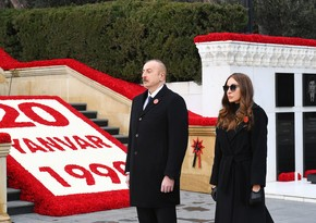 President Ilham Aliyev and first lady Mehriban Aliyeva visit Alley of Martyrs