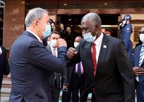 Türkiyə və Sudanın müdafiə nazirləri arasında görüş olub