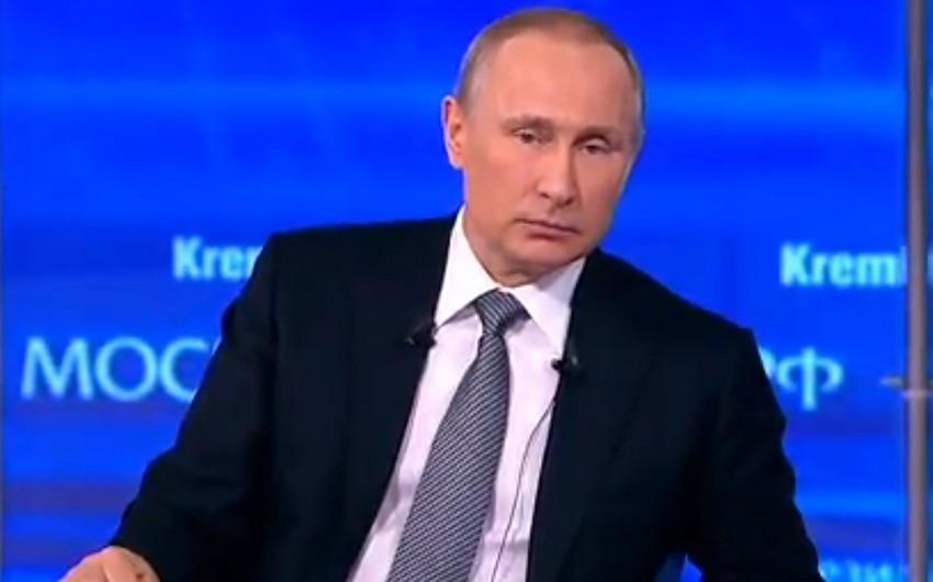 Putin AİB-də vahid valyuta tətbiqinin mümkünlüyünü açıqlayıb