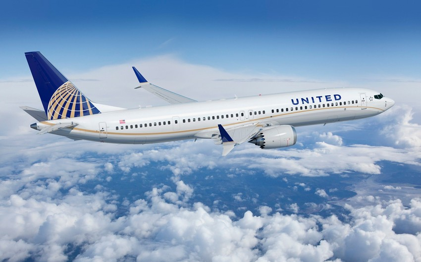 United Airlines warns 36 000 workers of possible furloughs