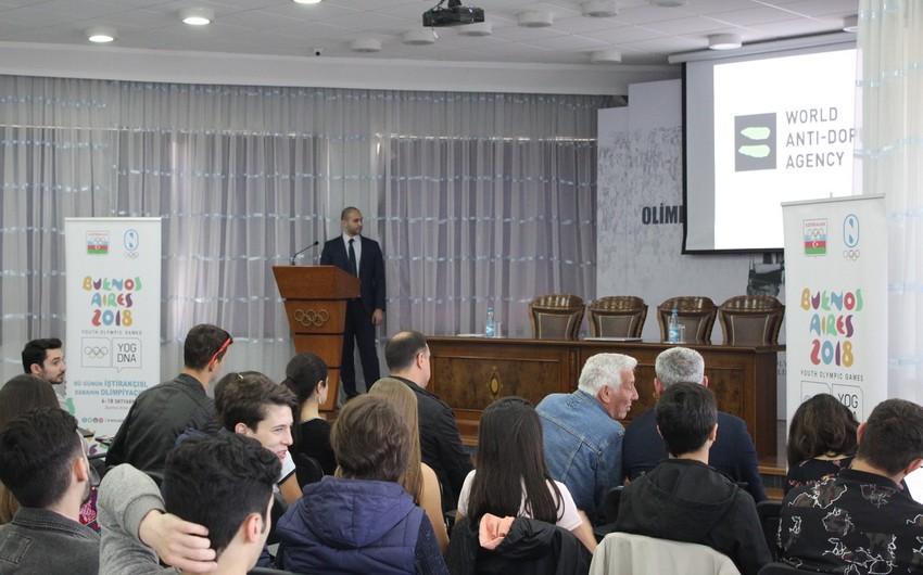Olimpiadaya lisenziya qazanmış Azərbaycan idmançıları ilə görüş keçirilib