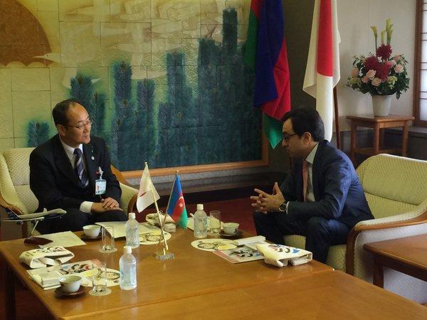 Посол Азербайджана в Японии провел встречу с мэром города Комацу
