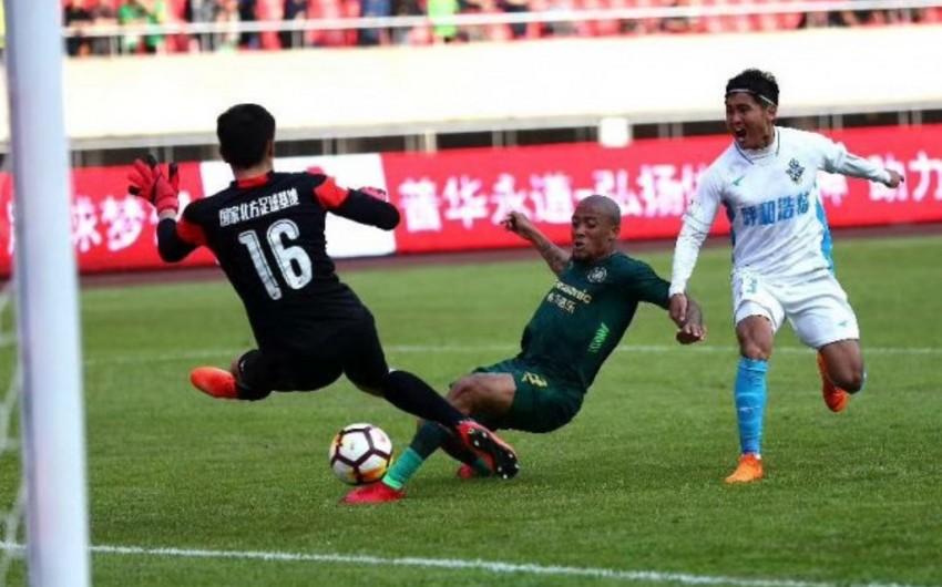 Бывший футболист Карабаха забил гол в первом официальном матче китайского клуба - ВИДЕО
