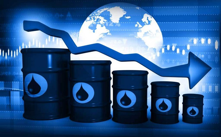 Azerbaijani oil price falls by nearly 6%