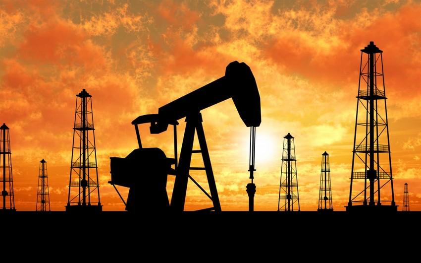 Azərbaycan nefti yarım dollar ucuzlaşıb