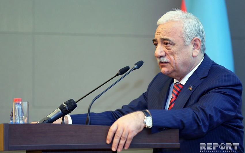 Səttar Möhbalıyev: Bəzi iş adamları həmkarlar təşkilatının yaradılmasına maneçilik törədir