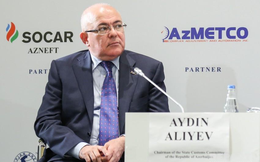 Aydın Əliyev: 20-yə yaxın gömrük əməkdaşına qarşı cinayət işi açılıb