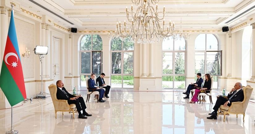 President Ilham Aliyev receives credentials of incoming Italian ambassador