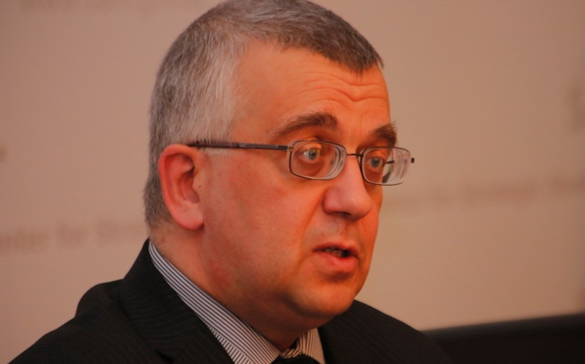 Rusiyalı ekspert: Ermənistanda gender tarazılığının pozulması səfərbərlikdə fəsadlar yarada bilər