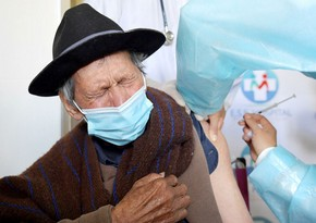 Oldest vaccine recipients in China aged over 100 years