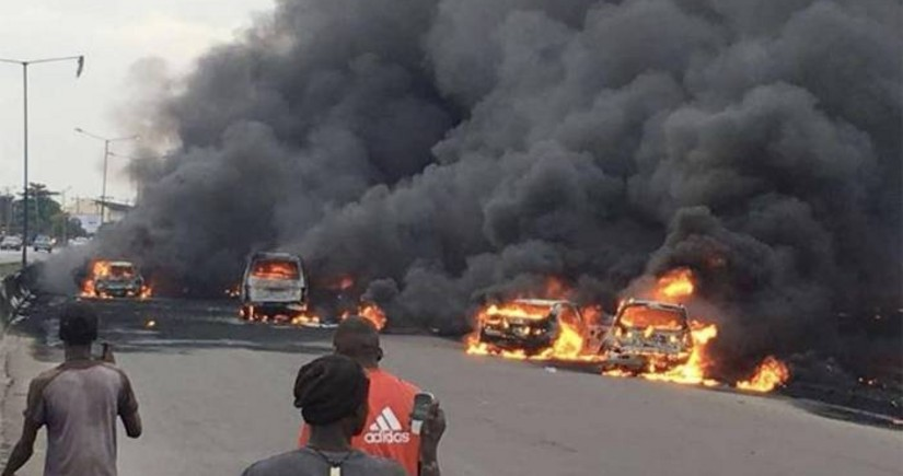 Nigeriyada güclü partlayış olub, 30 nəfər ölüb