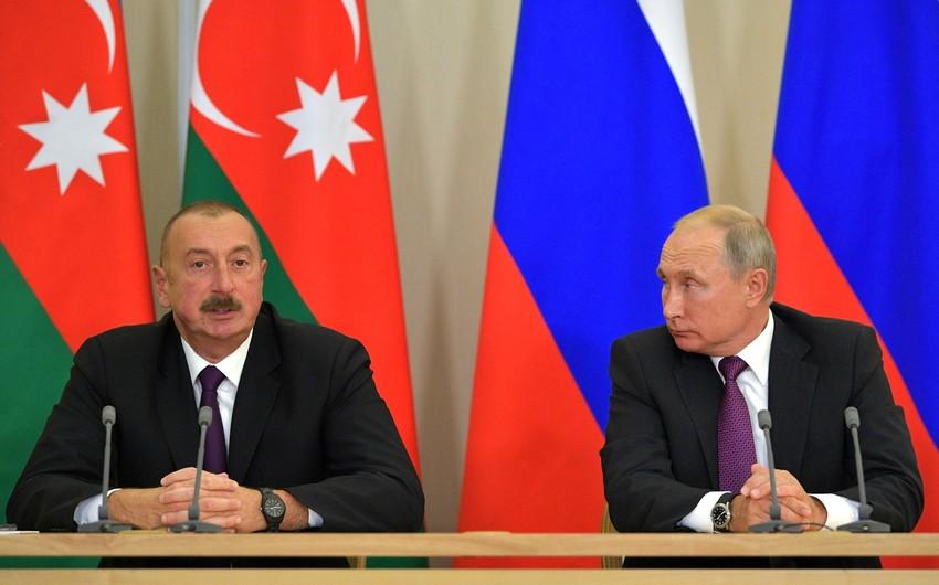 Ilham Aliyev and Vladimir Putin hold phone conversation