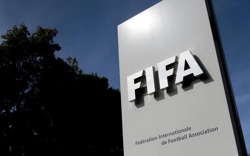 FIFA iki dünya çempionatını ləğv etdi
