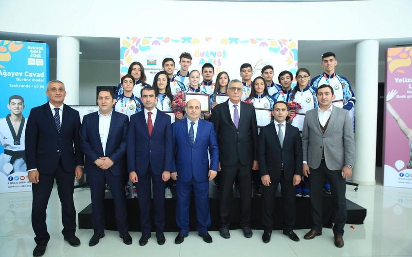 Yeniyetmələrin III Yay Olimpiya Oyunlarının iştirakçıları ilə görüş keçirilib