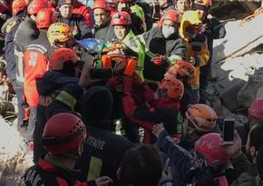 Türkiyədə daha bir nəfər dağıntılar altından xilas edilib