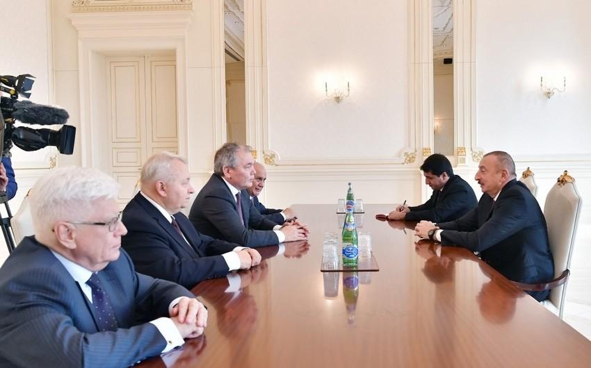 Prezident İlham Əliyev Rusiya nümayəndə heyətini qəbul edib - YENİLƏNİB