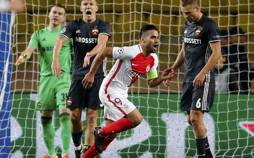 Форвард Монако Фалькао забил 12 мячей после 13 ударов в чемпионате Франции