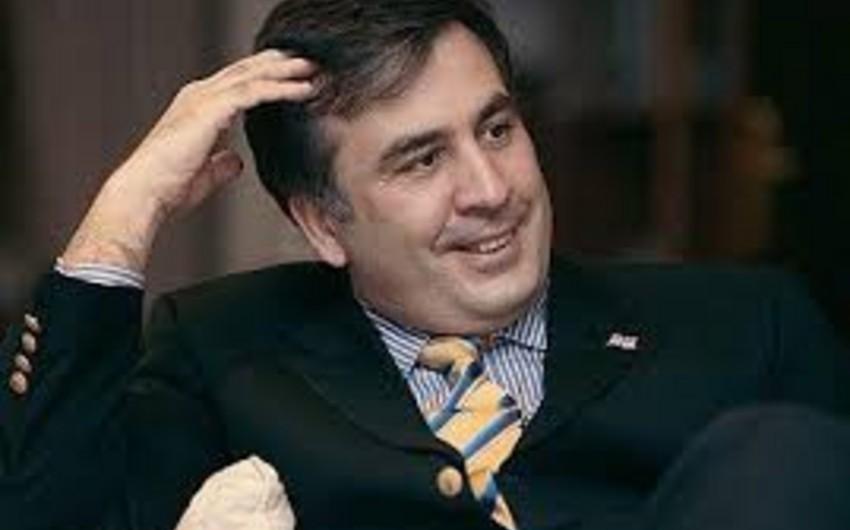 Saakaşvili öz qarderobunun bir hissəsini Gürcüstan hökumətinə qaytarıb