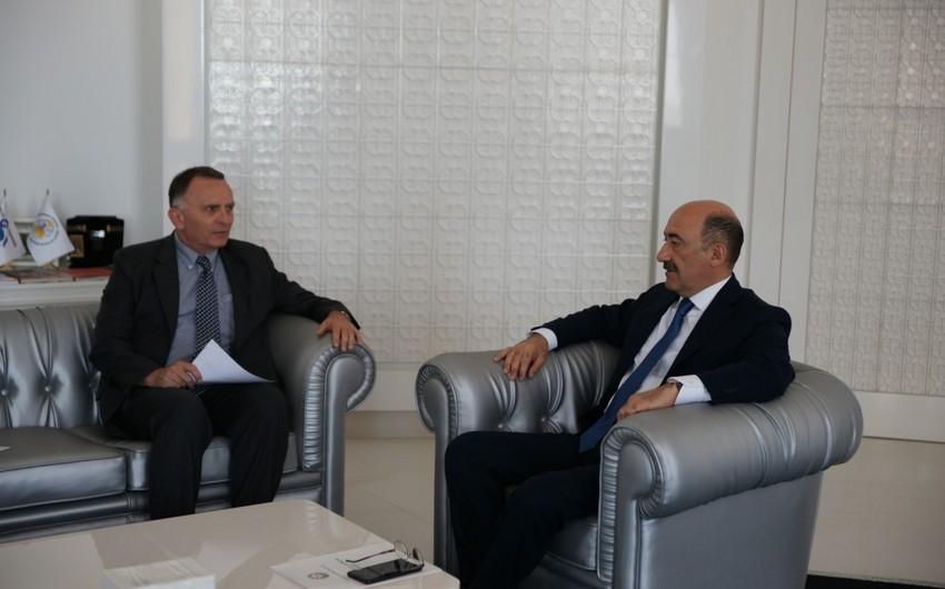 Абульфас Гараев встретился с послом Израиля в Азербайджане