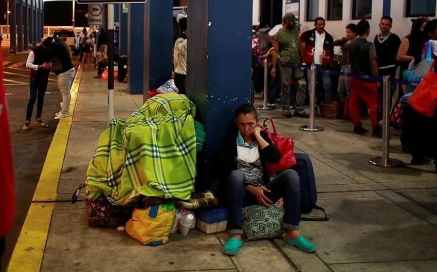 Venesuela əhalisi ölkəni tərk edir