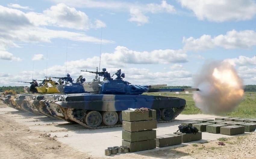 Azərbaycan tankçıları döyüş maşınlarının texniki vəziyyətini yoxlayıb