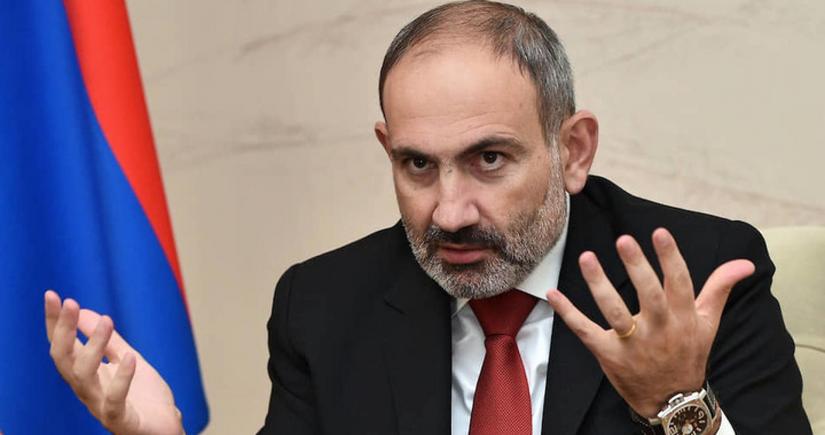 Загнанные в тупик армянские власти источают трупный запах