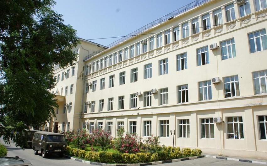 В Баку в больнице во время операции скончался парень - ФОТО