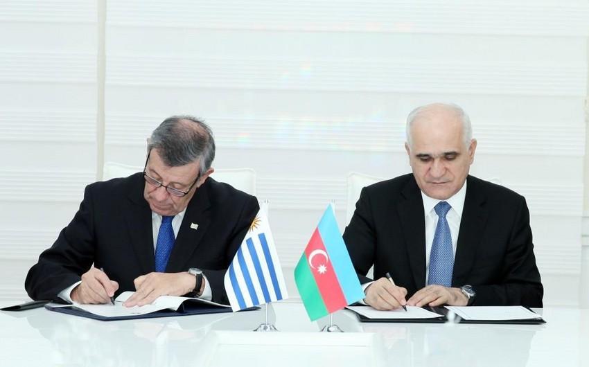 Azərbaycan-Uruqvay iqtisadi əlaqələri müzakirə edilib