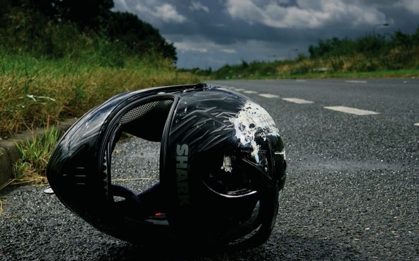 Bakıda azyaşlını vuran motosikletçi qaçıb