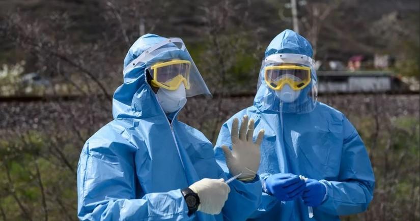 В Грузии за сутки коронавирусом заразились почти 2 тыс. человек