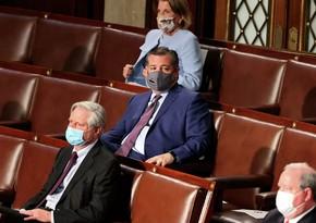 ABŞ-da prezidenti tənqid edən senator Baydenin çıxışı zamanı mürgülədi