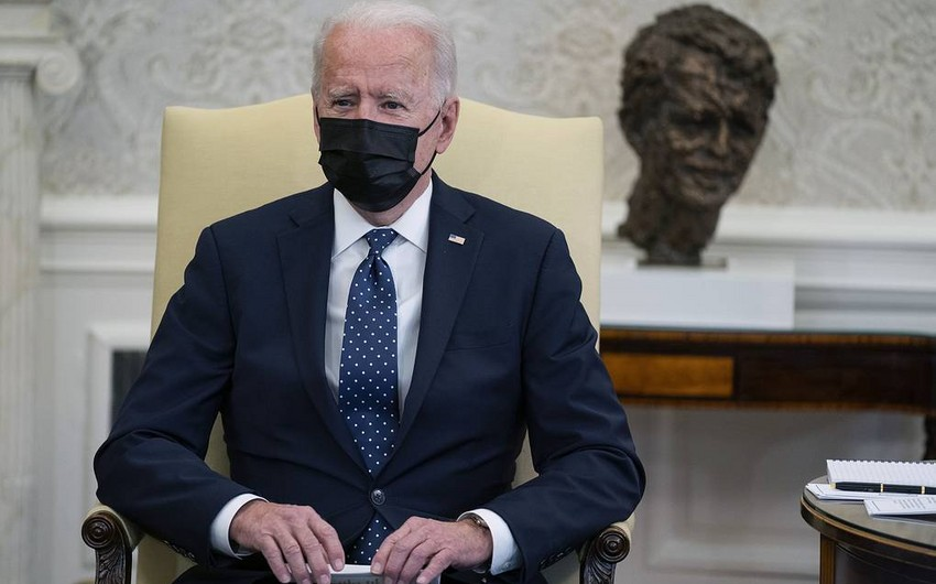 Biden says he's praying for 'the right verdict' in Chauvin trial